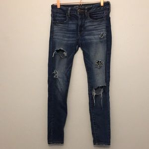 American Eagle Distressed Jegging Jeans 6 Short